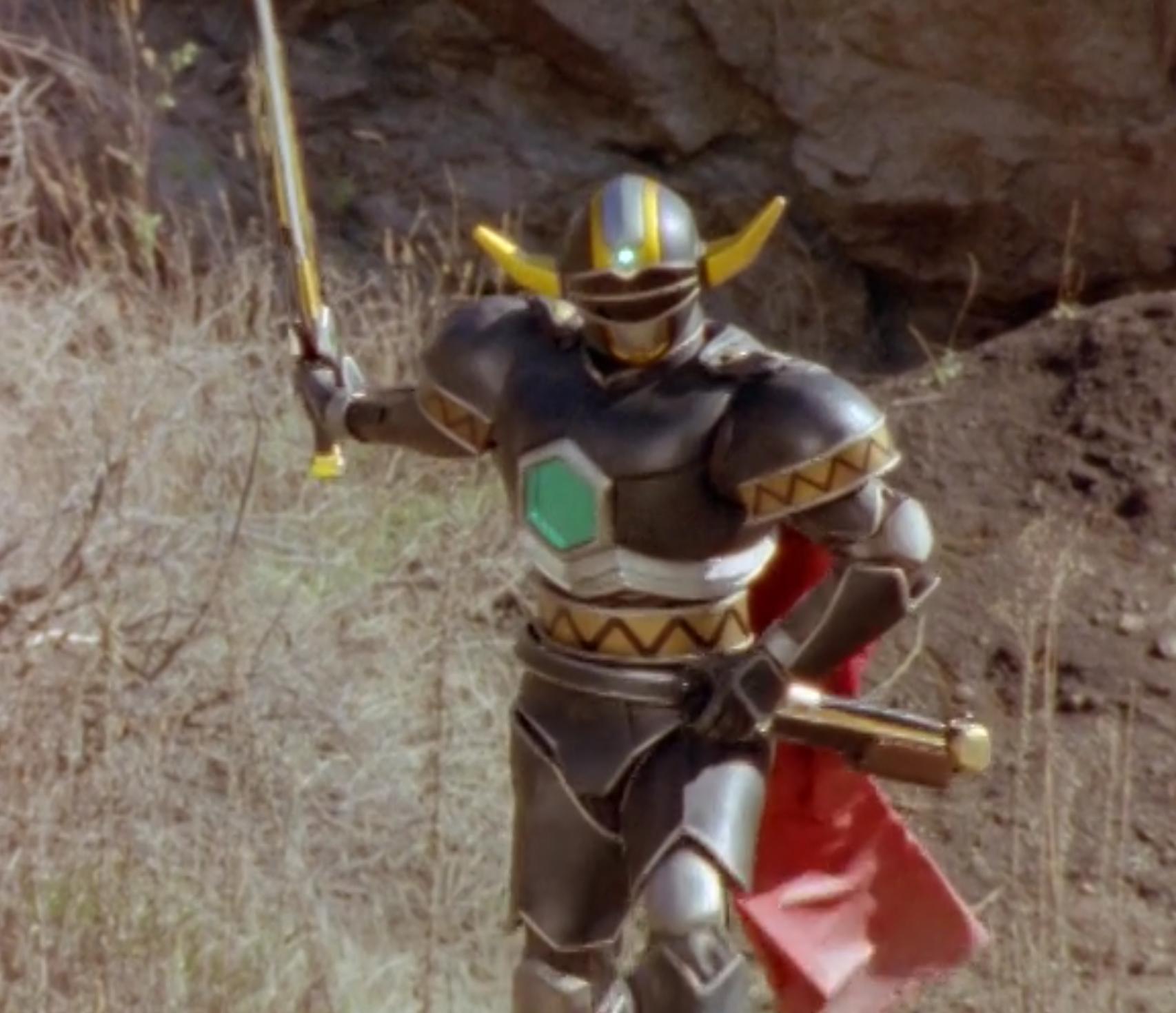 Power Ranger La Galaxia Perdida  Mike se transforma en Magna Defender